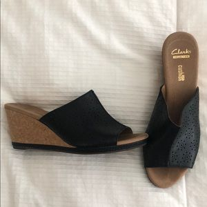 Espadrille wedge sandals with cutout detail
